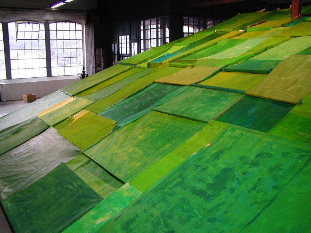 alloverpainting | Holz/Papier | 12 x 12 x 4 m | Kooperative K / Hagen | 2000